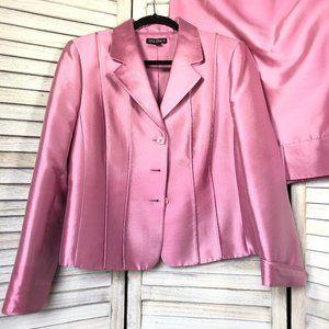 GUC Tahari Pink Silk / Wool Blend Skirt Suit